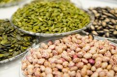 Блюдо с разными видами семян Стоковые Изображения RF