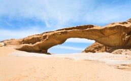вади песчаника рома утеса десерта моста Стоковые Фотографии RF
