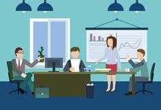 Важное обсуждение босса в офисе Стоковое Изображение RF