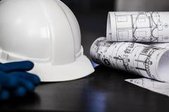Важный исследующ на строительной площадке мастера Стоковое Фото