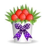 Ваза коробки букета пасхи присутствующая с красными яичками Стоковые Изображения