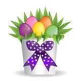 Ваза коробки букета пасхи присутствующая с яичками цветка и цвета Стоковое Фото