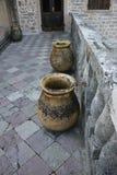2 вазы на балконе Стоковые Изображения