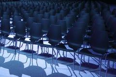 Вакантные места зрителей театра ждать Стоковое Изображение RF