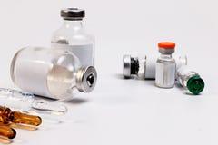 Вакцина в пробирке с шприцем Стоковая Фотография RF