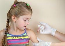 Вакцинирования ребенка Стоковые Фото