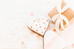 Валентайн дня приветствуя счастливое s карточки сердца печенья и gif ремесла Стоковые Фотографии RF