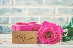 Валентайн дня счастливое s Любовь Стоковые Изображения