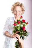 Валентайн роз s подарка дня красное Стоковое Изображение RF