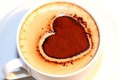 Валентайн сердца кофейной чашки Стоковое Фото