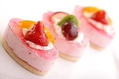 Валентайн темы свежих фруктов s дня торта Стоковое Фото
