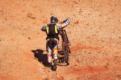 вал велосипедистов гористый Стоковое фото RF