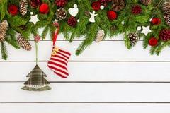 Вал ели рождества с украшением Скопируйте космос, взгляд сверху Стоковые Изображения