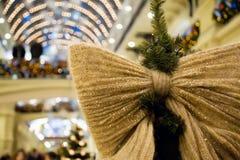 вал орнамента формы ели рождества смычка Стоковые Фотографии RF