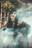 Вампир девушки в винтажном платье Стоковое Изображение