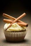 ваниль булочки сливк циннамона расшивы Стоковые Изображения RF