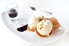 Ванильное мороженое Стоковые Фотографии RF
