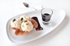 Ванильное мороженое Стоковая Фотография