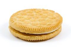 Ванильное печенье при сливк заполняя на белой предпосылке Стоковые Фото