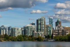 Ванкувер Канада - 14-ое мая 2017, архитектура и здания внутри к центру города Стоковое Изображение RF