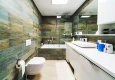 ванная комната большая Стоковые Фотографии RF