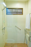 Ванная комната в гостинице Стоковое Изображение