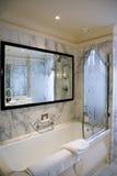 ванная комната роскошная Стоковые Фотографии RF