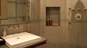 ванная комната самомоднейшая Стоковое Изображение RF