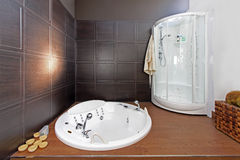 ванная комната minimalistic Стоковое Изображение