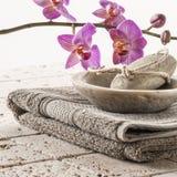 Ванна и footcare с женственностью Стоковые Изображения RF