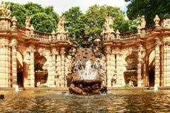 Ванна фонтана нимф во дворце zwinger в Дрездене стоковая фотография rf