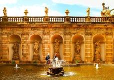 Ванна фонтана нимф во дворце zwinger в Дрездене стоковые фотографии rf