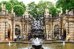 Ванна фонтана нимф во дворце zwinger в Дрездене стоковое фото