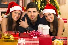 Ванта и 2 красивейших твиновских девушки на рождестве Стоковое фото RF
