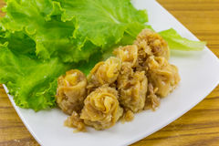 Вареник испаренный китайцем (jeeb kanom, тайская еда) Стоковое фото RF