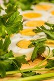 Вареные яйца отрезанные в halfs Стоковое фото RF