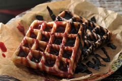 Варенье и шоколад поленики 2 бельгийских waffles Стоковое Изображение RF