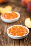 Варенье персика & x28; селективное focus& x29; Стоковое фото RF