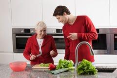 Варить бабушки и внука Стоковые Фотографии RF