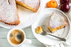 варить завтрак торта сладостного торта плодоовощ домодельный стоковые изображения rf