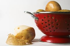 варить картошки Стоковая Фотография
