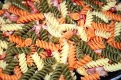 варить макаронные изделия Стоковые Фотографии RF