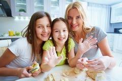Варить домодельное печенье Стоковое Фото