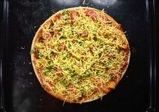 Варить очень вкусную пиццу Стоковые Фото