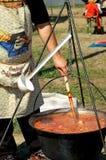 варить суп гуляша Стоковые Изображения RF