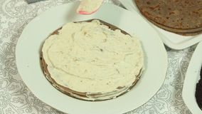 Варить торт Crape Oreo сток-видео