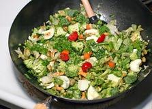 варить stir fry Стоковые Изображения RF