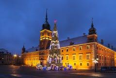 Варшава, квадрат замка во время праздников рождества вечером стоковые изображения rf