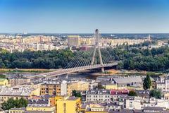 Варшава/Польша - 09 02 2016: Вид с воздуха на современном мосте архитектуры Стоковое фото RF