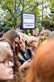 Варшава, Польша, 2016 10 01 - опротестуйте против закона f анти--аборта Стоковое Изображение RF